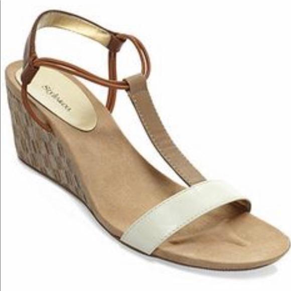368e873844cc ... Mulan Wedge Sandals Size 8.5. M 5c633519c61777393a7f2b92